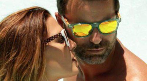 Laura Sánchez y David Ascanio presentan la primera colección de gafas de sol de Bloomers