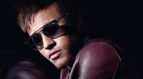 Neymar presenta la colección 2016 Eyewear de Police acompañado por Constanza Saravia