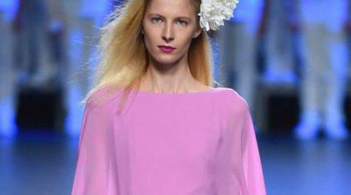 Duyos apuesta por una colección primavera/verano 2016 femenina y sofisticada en Madrid Fashion Week