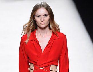 Colorido armónico para la colección primavera/verano 2016 de Juanjo Oliva en la Madrid Fashion Week