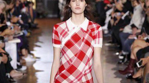 Comodidad y sofisticación van de la mano en la colección de Stella McCartney en Paris Fashion Week