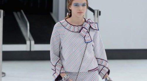 Chanel propone un viaje ideal con su colección primavera/verano 2016 en París Fashion Week