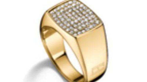 Tommy Hilfiger ya tiene lista su colección de joyas para esta Navidad 2015