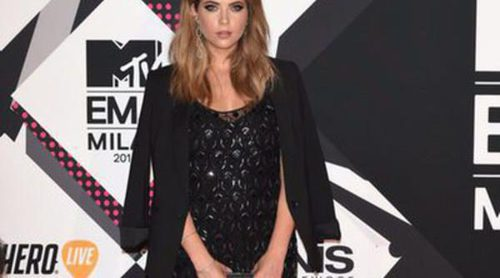 Ashley Benson y Vicky Pattison: Las reinas del estilo en los EMA MTV 2015