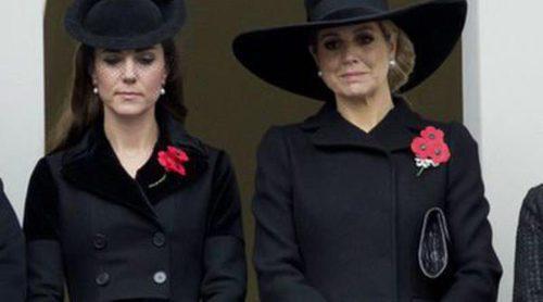 Kate Middleton y Máxima de Holanda se lo juegan todo al negro en el Día del Recuerdo
