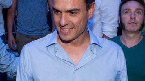 El look de Pedro Sánchez: para la carrera electoral apuesta por 'todo al blanco' en sus camisas