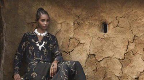 Valentino se aleja de los convencionalismos de estética conservadora y diseña una colección de inspiración Masai