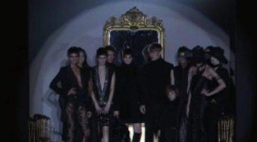 Roberto Verino abre la pasarela de Madrid con diseños maxi en negro y marrón como protagonistas