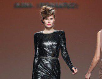 El punto cálido para la mujer urbanita llega con Kina Fernández en la Madrid Fashion Week