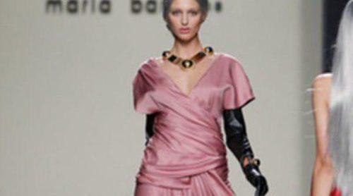 María Barros reinventa lo clásico en la Fashion Week Madrid
