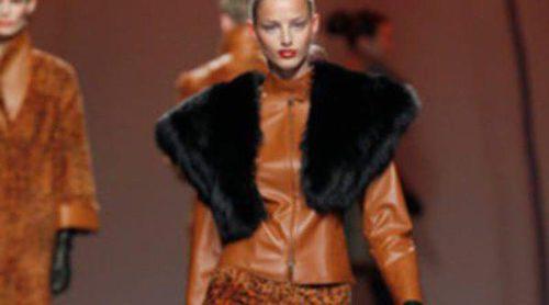 Miguel Marinero da todo el protagonismo a las pieles en su muestra de la Fashion Week Madrid