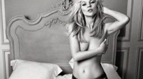 Liu Jo deja en topless a Kate Moss para su campaña de primavera 2012