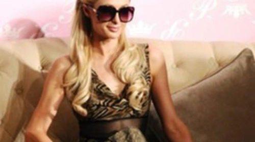 Paris Hilton presenta su nueva colección de gafas de sol en Shangai