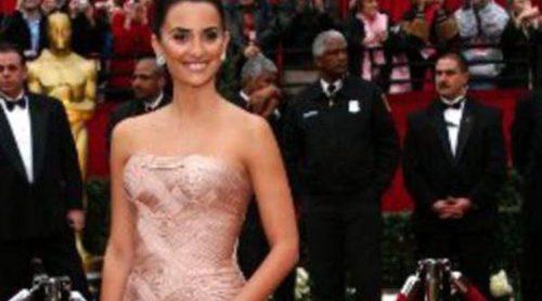 El paso de Penélope Cruz por la alfombra roja de los Oscar