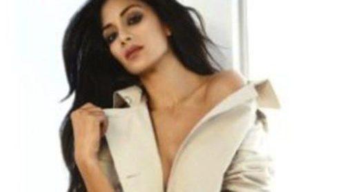 La firma London Fog desnuda a Nicole Scherzinger para su nueva campaña