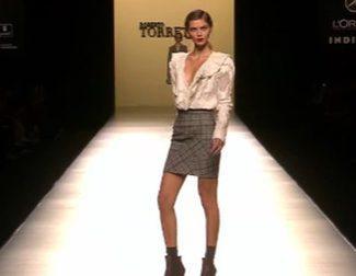 Roberto Torretta apuesta por la elegancia y la inspiración masculina para otoño/invierno 2016/2017