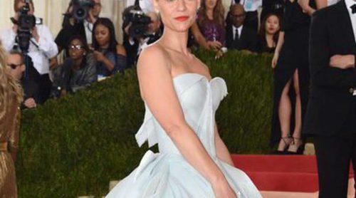 Entre brujas y princesas: Katy Perry, la peor vestida del MET 2016 vs. el exitoso vestido de Claire Danes