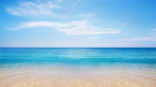 Bolsa de playa: 10 básicos que tienen que ir contigo