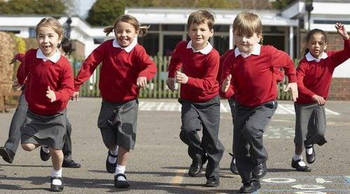 Ventajas e inconvenientes de llevar uniforme al colegio