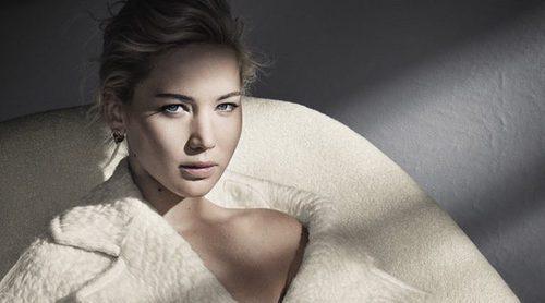 Jennifer Lawrence muestra lo más sobrio y elegante de Dior para la colección otoño/invierno 2016/2017