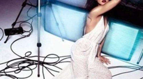 Clara Lago protagoniza la campaña primavera/verano 2012 de Hoss Intropia