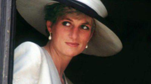El glamour de Lady Di ya está expuesto en el Palacio de Kensington