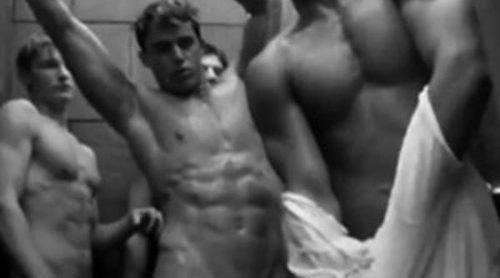 Abercrombie & Fitch presenta un polémico video masculino