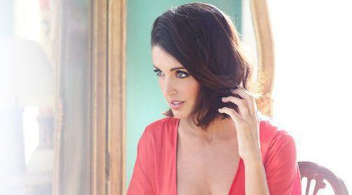 Noelia López repite con E-lakokette en Navidad 2016 con el rojo como protagonista