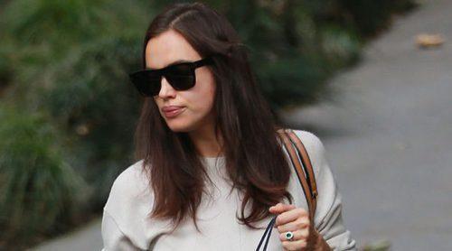 Irina Shayk y sus 'looks premamá': cómo vestirse para ocultar el embarazo
