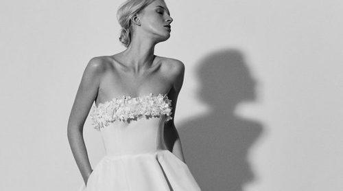 La delicadeza y la elegancia floral en la nueva colección de novias de Carolina Herrera NY 2018