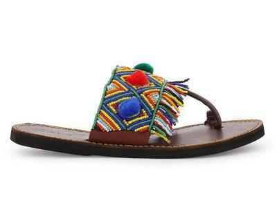 Alma en Pena lanza su tercera colección de sandalias solidarias con Afrikable para 2017