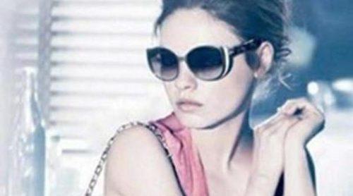 Mila Kunis es la protagonista de 'Summerset', la nueva campaña de gafas de sol de Dior