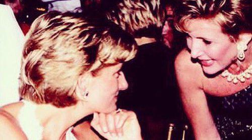 Lana Marks lanza una edición especial de bolsos por el 20 aniversario de la muerte de Lady Di