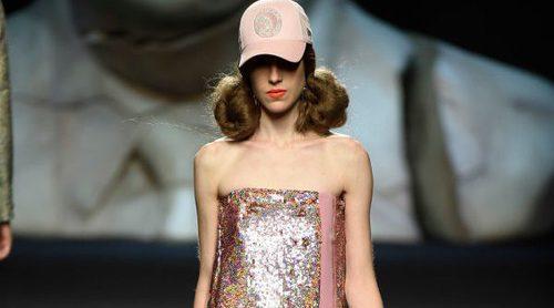 Ana Locking oculta miradas en su colección primavera/verano 2018 para Madrid Fashion Week