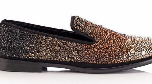 Jimmy Choo lanza una colección de mocasines y slippers femeninos para 2018