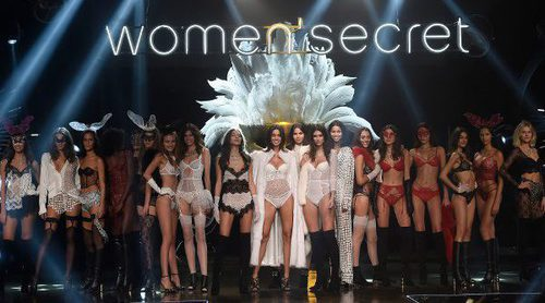 El encaje y el color negro protagonizan la pasarela con la Women'secret night 2017