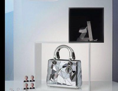 La reinvención de los bolsos Lady Dior llega con estilos artísticos