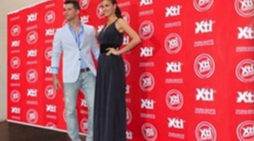 Irina Shayk y Arthur Sales continúan con Xti una temporada más