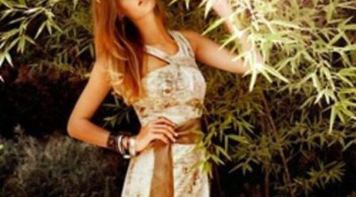 Escotes asimétricos y vestidos lápiz en la colección Laura Bernal para este verano 2012