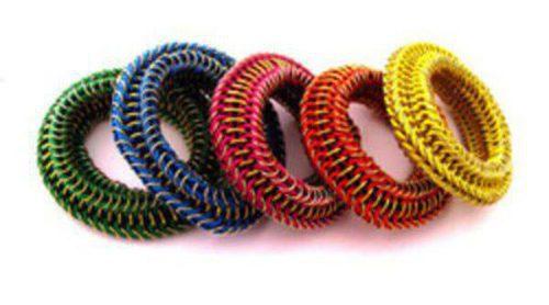 Las joyas del verano 2012 de Elena Estaun se tiñen de colores flúor