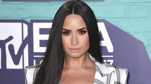 La evolución de estilismos de Demi Lovato, de chica Disney a mujer fuerte en los escenarios