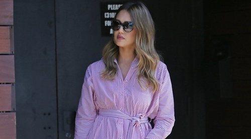 El look trendy de Jessica Alba convertido en low cost: ¿Te atreves a copiarlo?