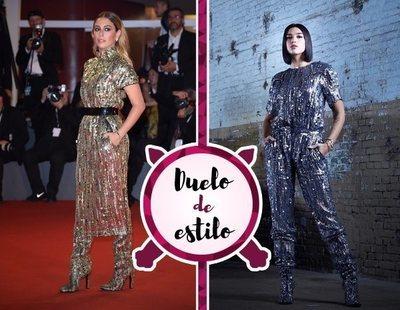 Blanca Suárez, Dua Lipa y el diseño metalizado de Alberta Ferretti. ¿A quién le sienta mejor?