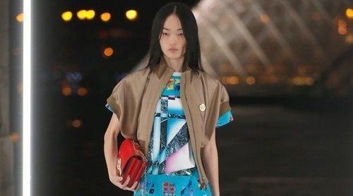 El estilo vintage de los 80' regresa a la primavera/verano 2019 de Louis Vuitton en la París Fashion Week