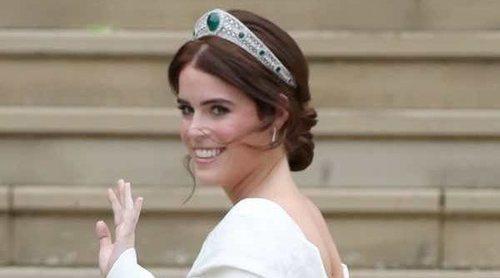 Así ha sido el impresionante vestido de novia sin velo de la Princesa Eugenia de York