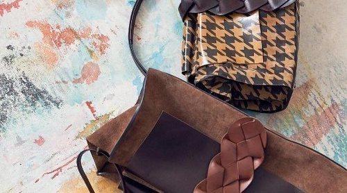 Laura Ponte imagen de la firma Roberto Verino: así es su nueva colección de bolsos