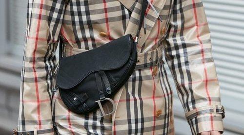 Adiós a la riñonera de toda la vida, ahora se han convertido en mini bolsos