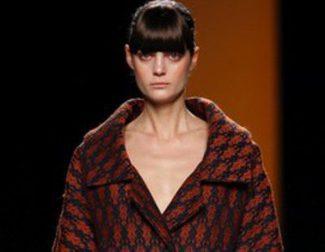 Juanjo Oliva muestra un adelanto de la colección que presentará el 1 de septiembre en la Fashion Week Madrid
