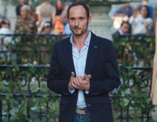Josep Font demuestra estar a la altura del legado DELPOZO en la apertura de la Fashion Week Madrid