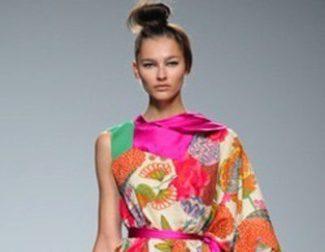 Mezcla oriental y andaluza en los diseños de Victorio & Lucchino en la colección primavera/verano 2013